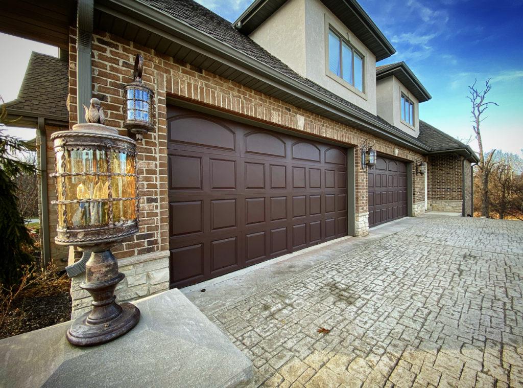 Brown Garage Door (1)