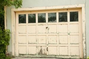 nasty-garage-door-300x199-1